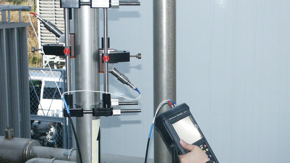 装置を停止、配管を切断せずガス流量を測りたい