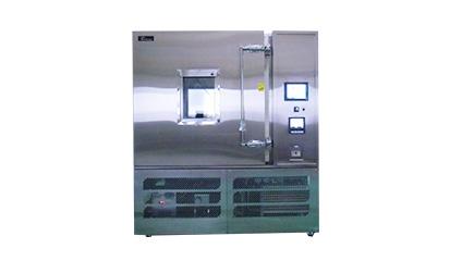 環境試験装置
